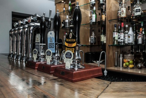 Cask Ales & Fine Wines from around the World
